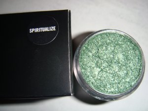 MAC Pigment Samples in *Spiritualize* Metal Urge Collection LE