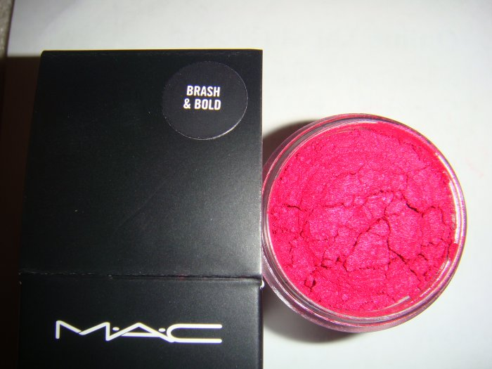 Brash & Bold* MAC Makeup Art Collection 1/4 tsp. sample