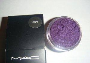 "MAC Pigment Samples: ""Grape"" 1/4 tsp"