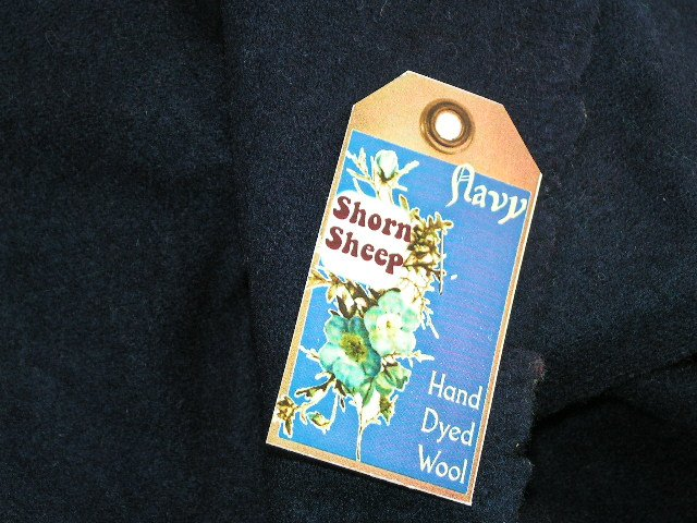 NAVY - Hand Dyed Lanolin Wool - Rug Hook, Quilt, Penny Rug-Shorn Sheep - Free US Ship
