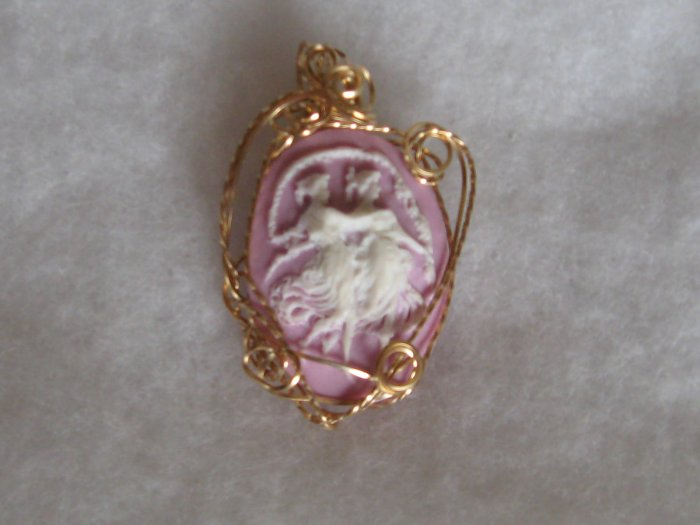 Pink Fashion Cameo - wire sculpted setting