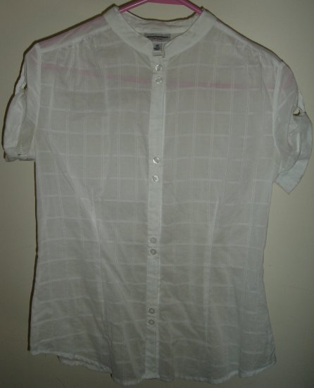 Isaac Mizrahi Sheer white Shirt Blouse