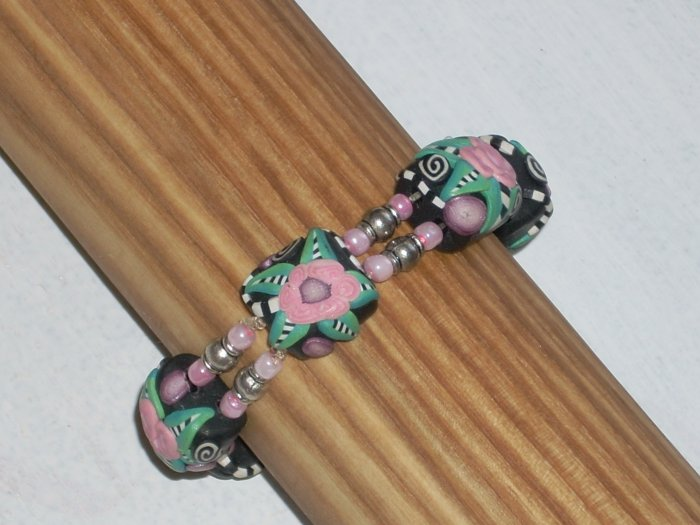 Clay beads with attention to detail