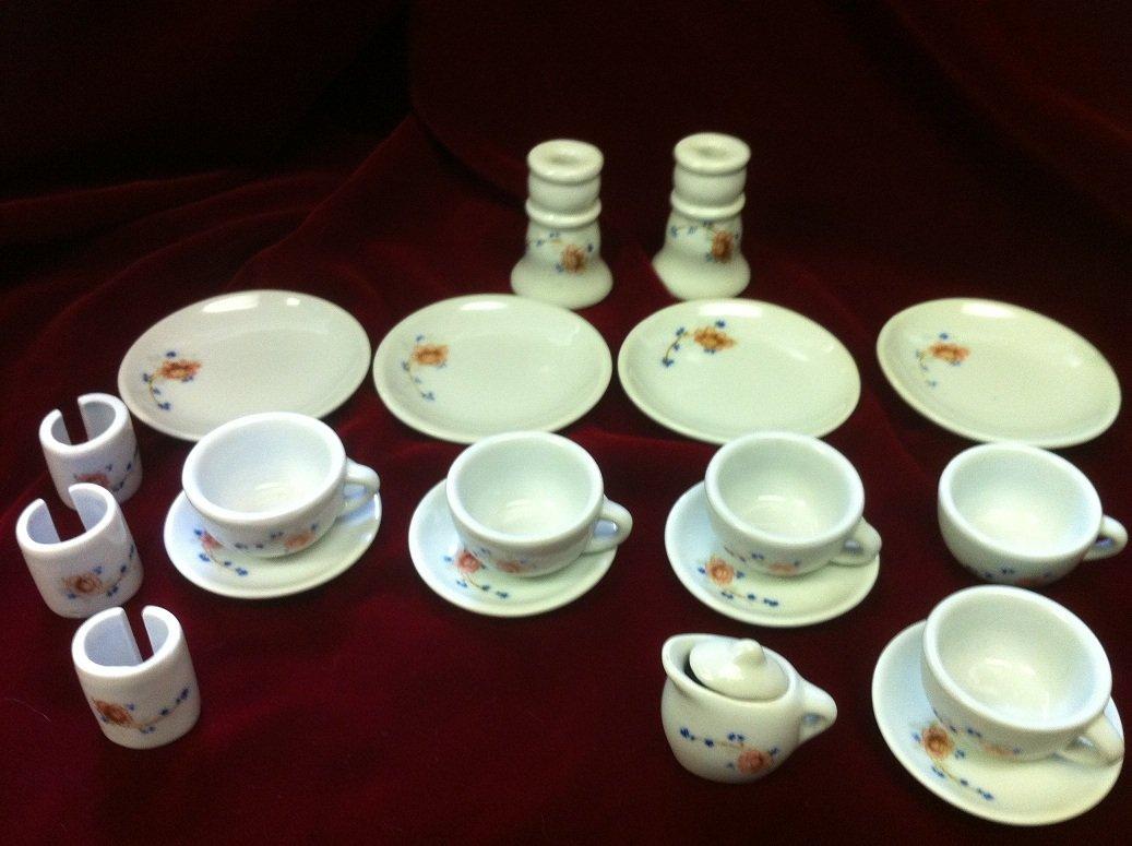 20 pc Child's Strombecker Corp. Partial Tea Set