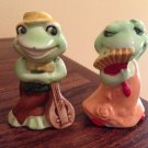 JOSEF ORIGINALS Series FERNANDO & FRANCINE Frogs Salt And Pepper Shakers S&P as is.