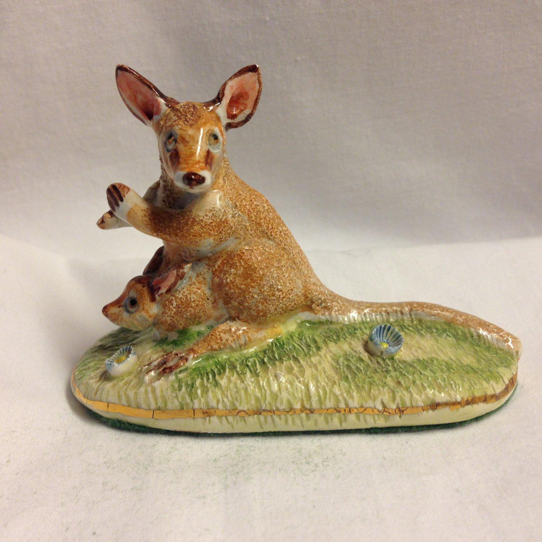Vintage Basil Matthews Figurine England Kangeroo with Baby Joey