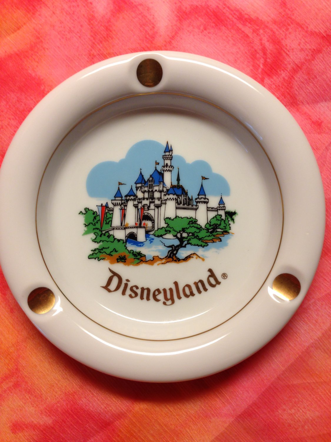 Collectible Souvenir Disneyland Ashtray Copyright Walt Disney Productions Japan