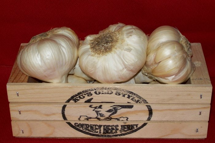 Alder/Hickory Smoked Whole Garlic 2.00 per head