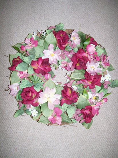 """ROSES AND LILIES WREATH - 18""""D"""
