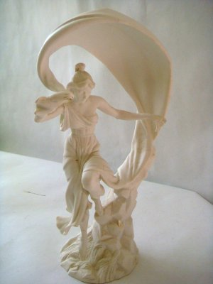 Franklin Mint Fine Porcelain White Justice 1987