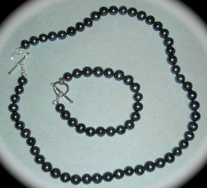 Genuine Pearl Necklace Bracelet Set Black