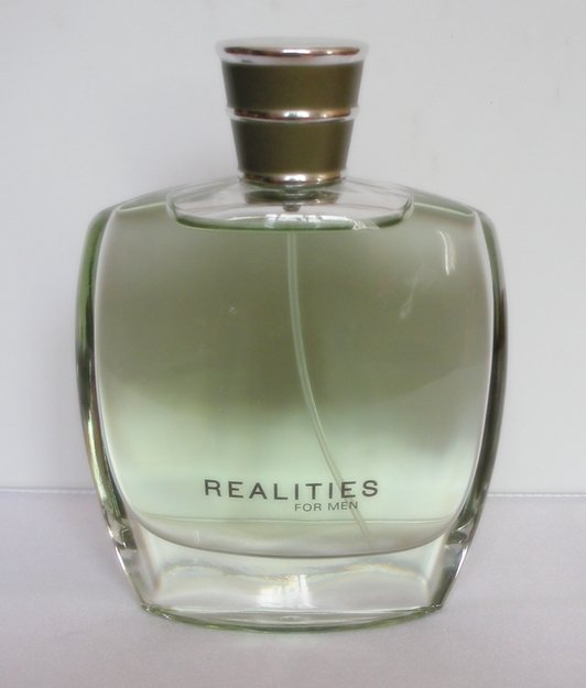 REALITIES FOR MEN Cologne Spray 3.4 oz 100 ml LIZ CLAIBORNE Men's Fragrance NEW!