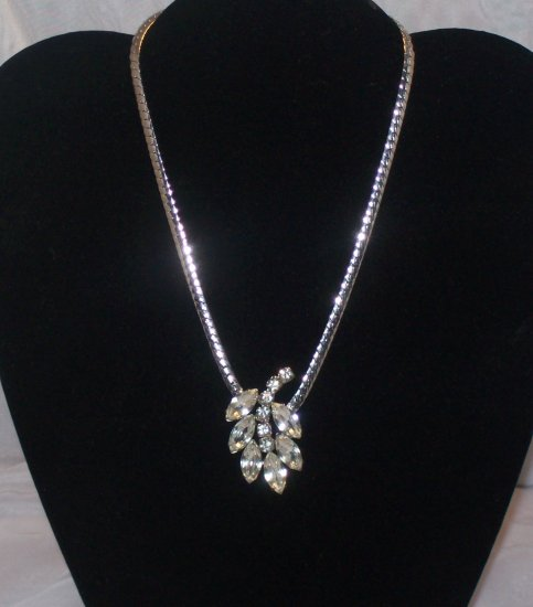 Rare Garne Rhintestone Necklace Rhodium Polished Chain