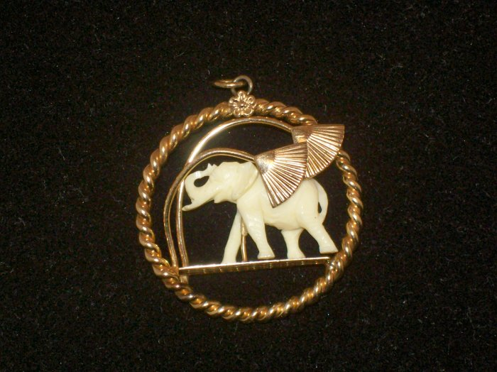 Winard 12K GF Pre ban Ivory carved elephant Pendant