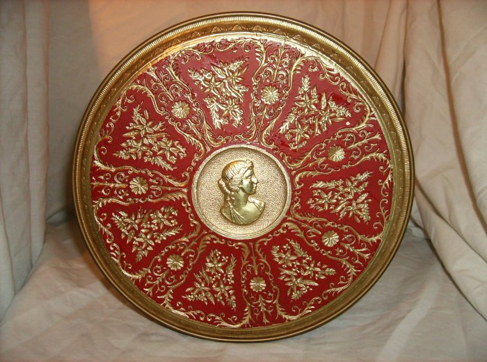 Raised Design Cameo Tin