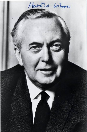 British Prime Minister HAROLD WILSON Hand Signed Photo 1970s