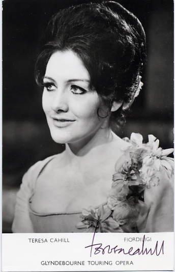 English Soprano TERESA CAHILL Hand Signed Photo