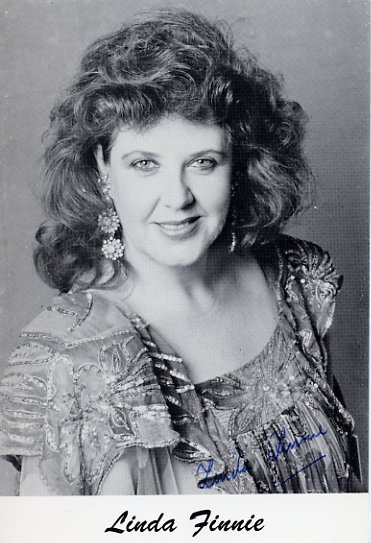 Scottish Mezzo-Soprano LINDA FINNIE Hand Signed Photo 4x6