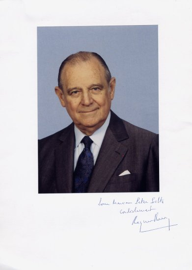 1976-81 Prime Minister of France RAYMOND BARRE Hand Signed Display 8,5x12