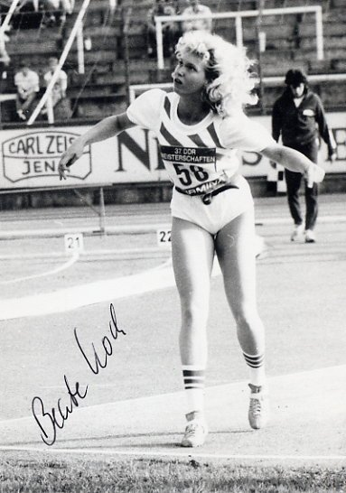 1988 Seoul Javelin Bronze BEATE KOCH  Hand Signed Photo