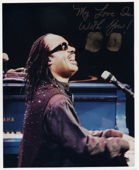 Soul Legend STEVIE WONDER Autograph Pict 8x10 from 1995