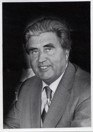 Prominent Estonian Scientist & Engineer JOHANNES HINT Autographed Photo 1979