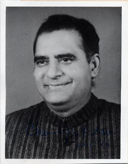 Indian Politician CHANDRAJIT YADAV Hand Signed Photo 1976