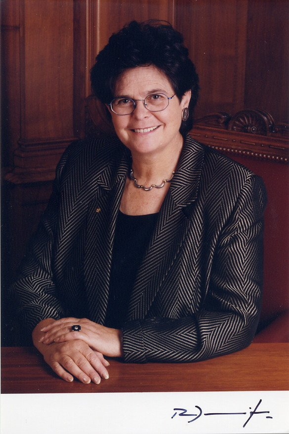 1999 President of Switzerland RUTH DREIFUSS Hand Signed Photo from 1999
