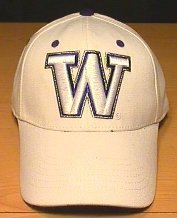 WASHINGTON HUSKIES FLEXFIT CAP - WHITE