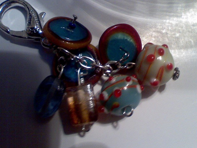 Multi-Colored Ring Purse Bag Accent keychain-Glass Bead