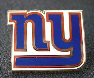 NY Giants Goldtone and Enamel Traditional Logo Pin