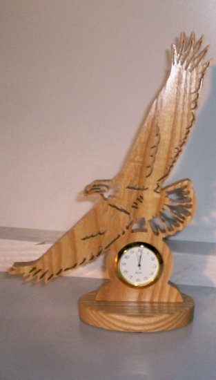 Wooden Eagle Mini Clock