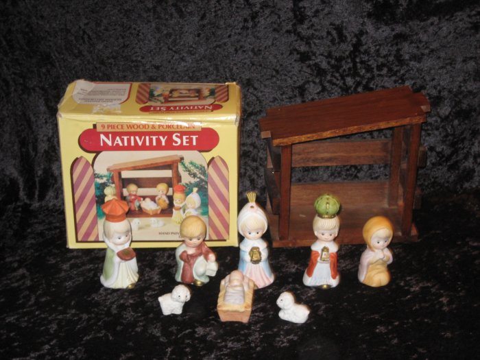 Porcelain baby nativity figurines hand painted