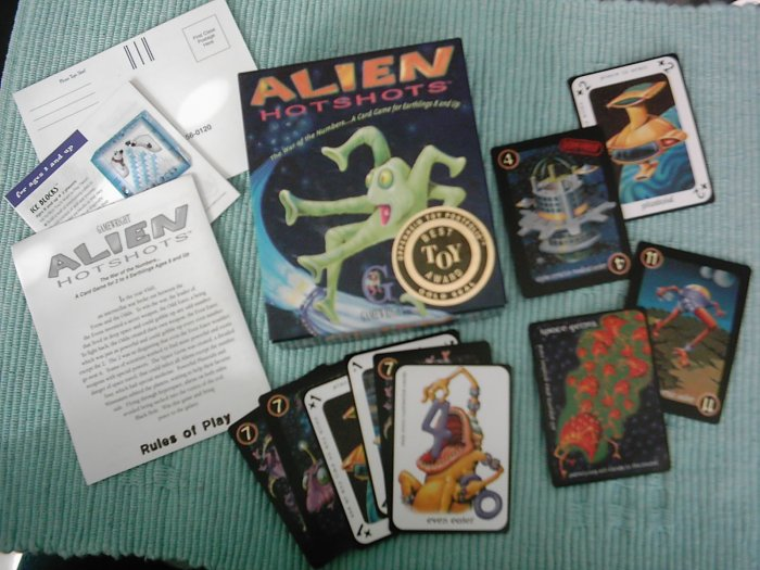 HTF Alien Hotshots Family Card Game best toy award