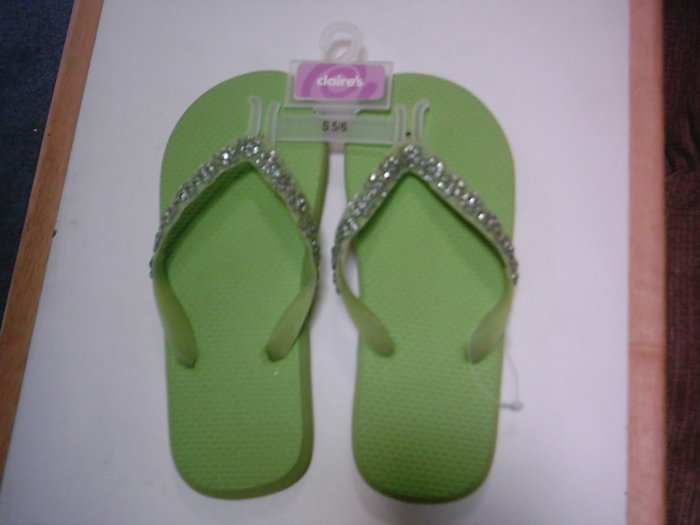 NEW Claires Sparkly Lime Green Flip Flop Sandals Sz 5-6