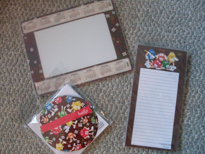 *SOLD* Lot 3 NEW M&M's stationery note cards pad 2009 mousepad
