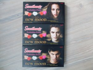 Twilight New Moon Sweethearts Box Candy Hearts Lot of 3