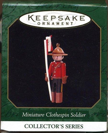 Hallmark Miniature CLOTHESPIN SOLDIER Canadian Mountie
