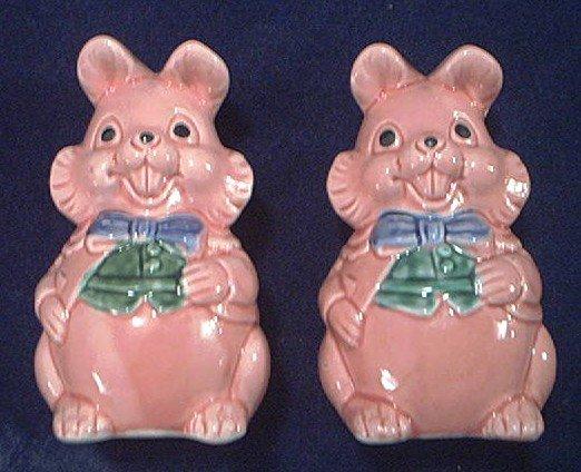 Adorable Vintage Pink Rabbit~Bunny~ Salt And Pepper Shakers~Japan~Easter!