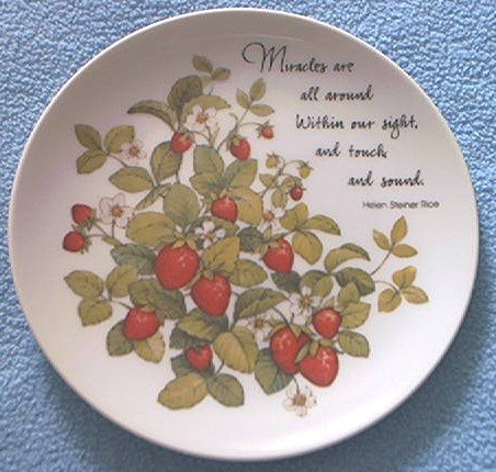 "HELEN STEINER RICE ""MIRACLES"" PLATE ~ STRAWBERRRIES~ GIBSON  ~JAPAN"