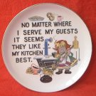 KITCHEN DECOR PLATE ~GUESTS LIKE KITCHEN BEST~CUTE~GOLD TRIM~7 IN