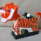 ESSO/EXXON TIGER IN YOUR TANK SALT AND PEPPER TIGER SHAKER~1974~WHIRLEY IND~PETROLIANA