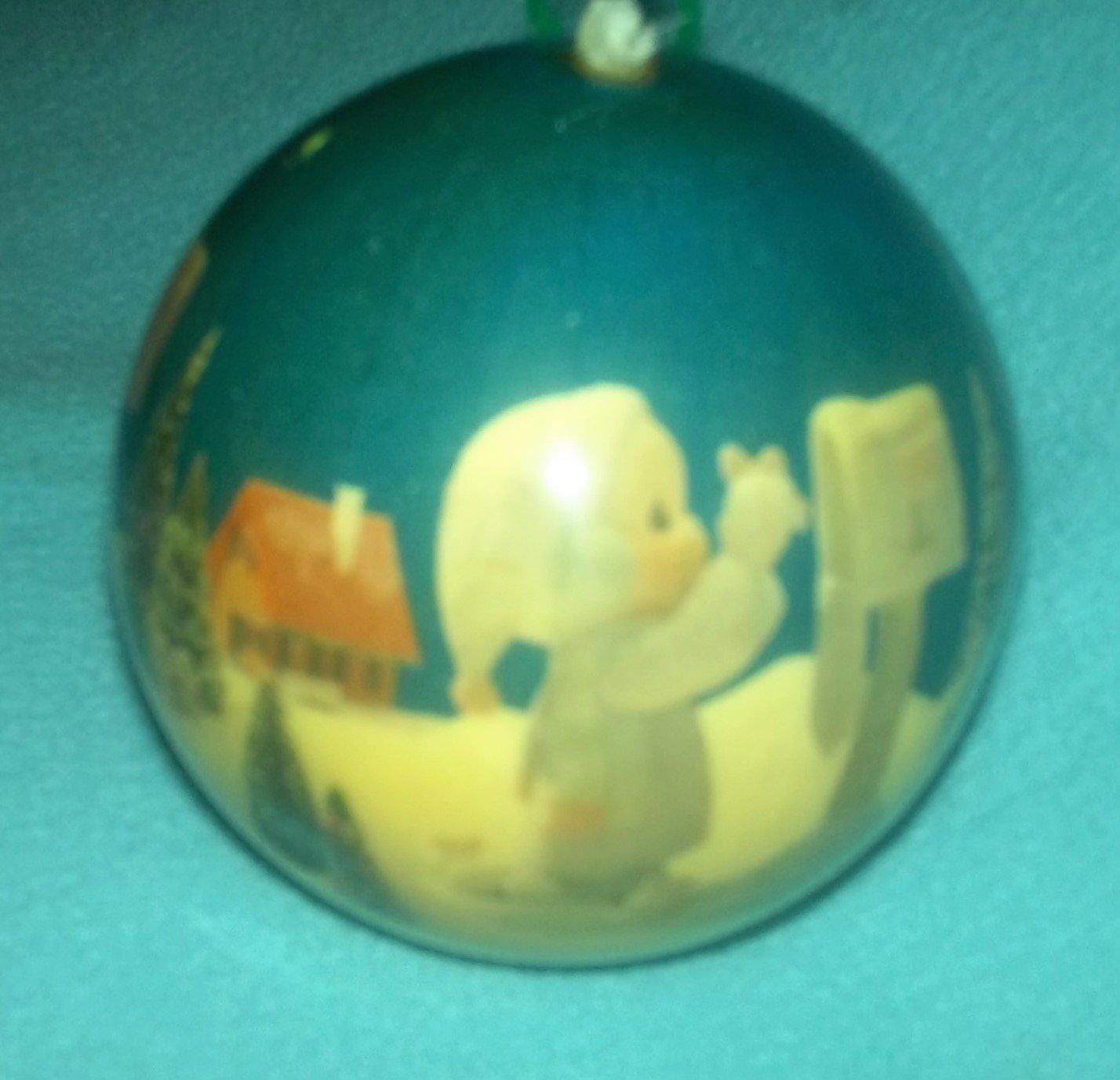 Enesco PRECIOUS MOMENTS 1991 Vintage Plastic Ornament Ball CHRISTMAS HOLIDAY