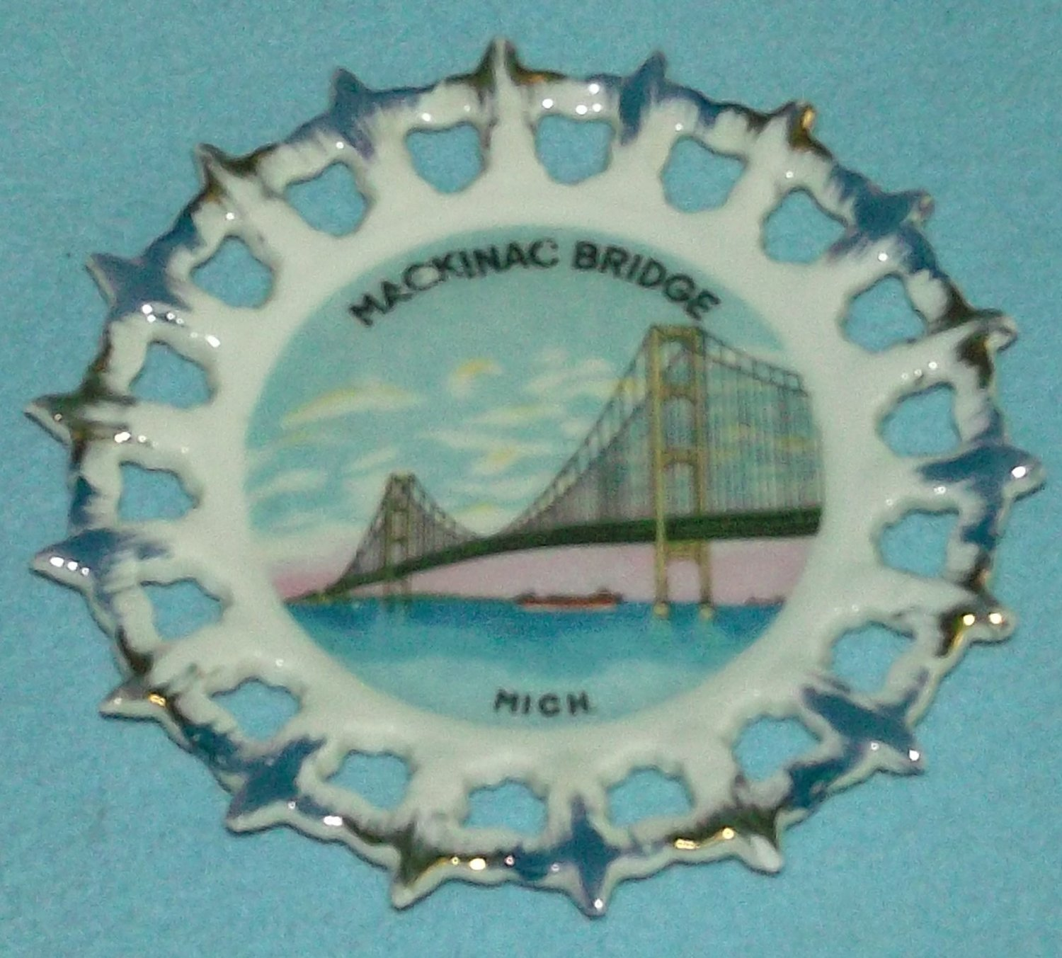 Vintage MACKINAC BRIDGE Michigan SOUVENIR Plate Made in Japan RIBBON Gold