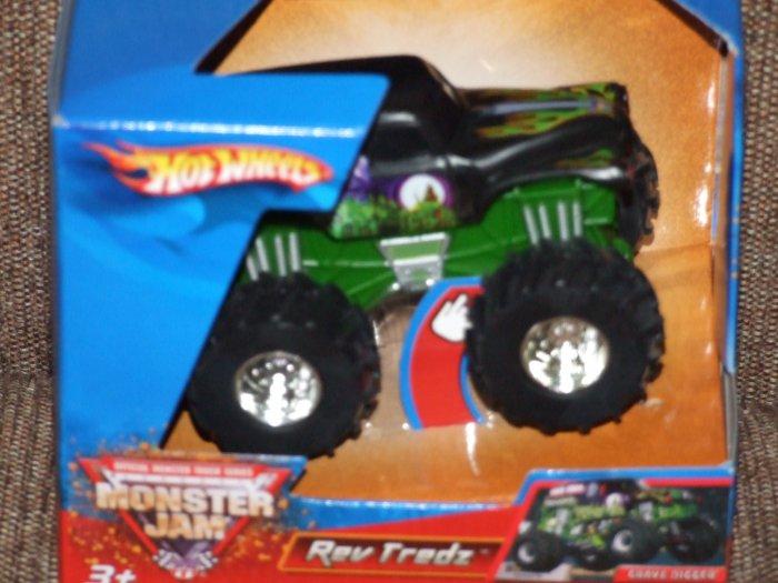 Hot Wheels 1:43 Rev Tredz Monster Truck Grave Digger