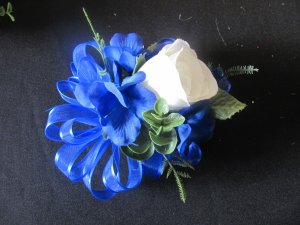 N. White Silk Rose Bud Corsage with Hydrangea wedding or prom 013NW