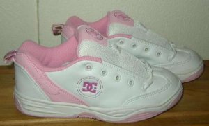 DCSHOES DC SHOES DOVER White Skater Shoes Girls 3 NWOT