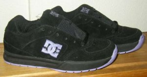 DC SHOES DCSHOES JUNO Black Suede Skate Womens 5 NWOT