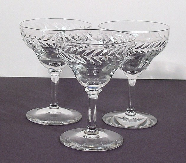 3 Bryce LAUREL Wreath Cut Optic Liquor Cordial Glasses