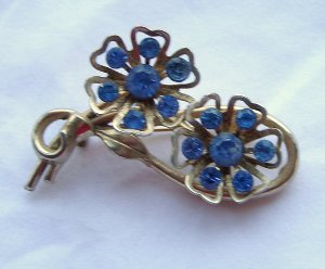 Coro Double Flower Brooch  Repair Piece